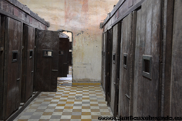 Tuol Sleng, prision S 21 7